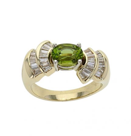 14K Yellow Gold Oval Peridot & Baguette Diamond Ring
