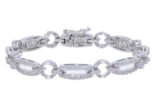 14k White Gold Round Brilliant & Baguette Diamond Bracelet
